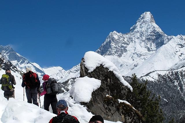 Die 6856 m hohe Ama Dablam (Die Mutter mit dem Amulett) gilt bei vielen als der on noch ein paar andere, die mit ihr mithaltne können.schönste Berg der Welt. Aber es gibt sch