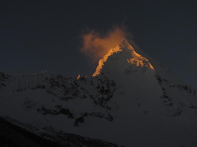 Für mich nun einer der bedeutendsten Berge..und im Abendlicht noch schöner als ohnehin schon.