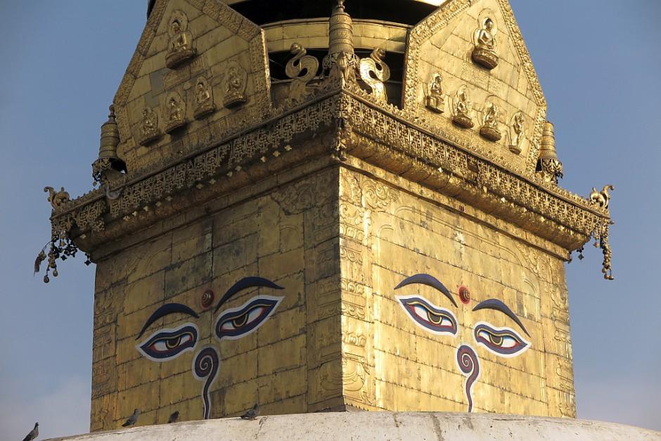 Die Stupa in Swayambunath ist sicher das Wahrzeichen der Hauptstadt. Ihr konnte das Erdbeben nichts anhaben.