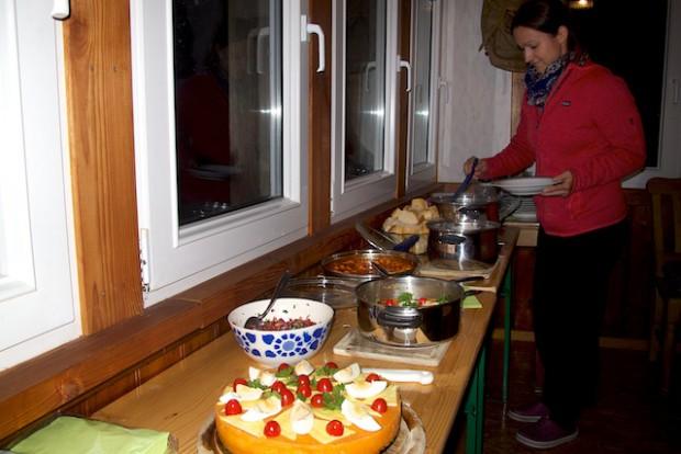 Nein, Karin hatte nicht nepalesisch sondern peruanisch gekocht. Und das war auch gut so :-) Denn es war sehr lecker!