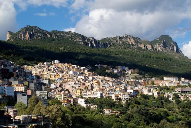 Das Klettergebiet rund um das Örtchen Jerzu mit seinen drei großen Sektoren zählt zu den größten der ganzen Insel. Herzu war unser erstes Ziel im Ostteil Sardiniens.