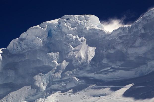 Für einen Bergsteiger gibt es kaum etwas schöneres und zugleich furchterregenderes als solche gigantischen Raueispilze. Sie sind verführerisch und tödlich, wie die Sirenen des Homer.