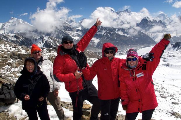 Das erste ganz große Ziel auf unserer Trekkingtour über die drei großen Khumbupässe ist geschafft: der fast fünfeinhalbtausend Meter hohe Renjopass!