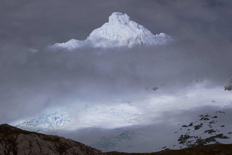 Der Monte Sarmiento ist ein berg, bei dem ich mir zehn mal überlagen muss, ob eine Rückkehr tatsächlich einen Sinn machen würde. 330 Regen- und Sturmtage im Jahr sprechen eine deutliche Sprache.