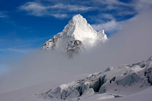 Ein Objekt der Begierde im wahrsten Sinne des Wortes. Ich bin wieder einmal in das Kraftfeld eines Berges geraten. (Foto Ralf Gantzhorn)