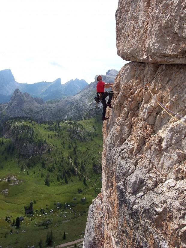 """Die """"Direkte Südostwand"""" am Torre Grande ist eine der klassischen Routen (Dimai 1933), die man mit Bohrhaken entschärft hat."""