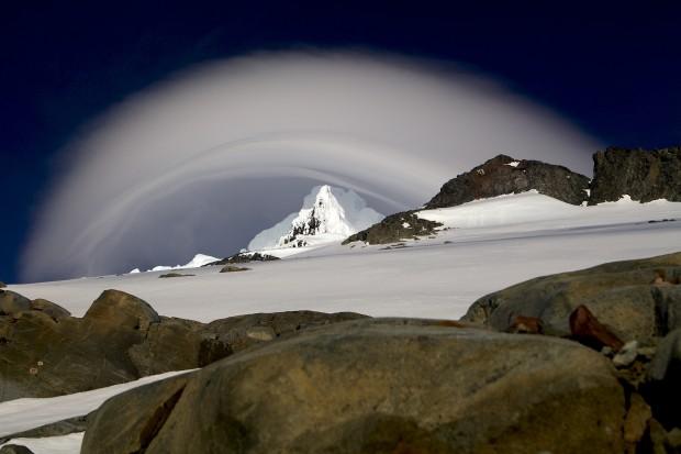Es braut sich ein Sturm über dem Monte Sarmiento zusammen