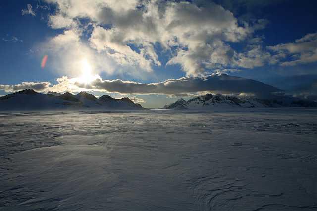 Sonne über dem patagonischen Inlandeis